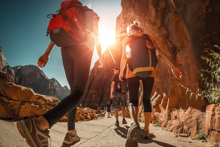 best day hiking backpack featured image