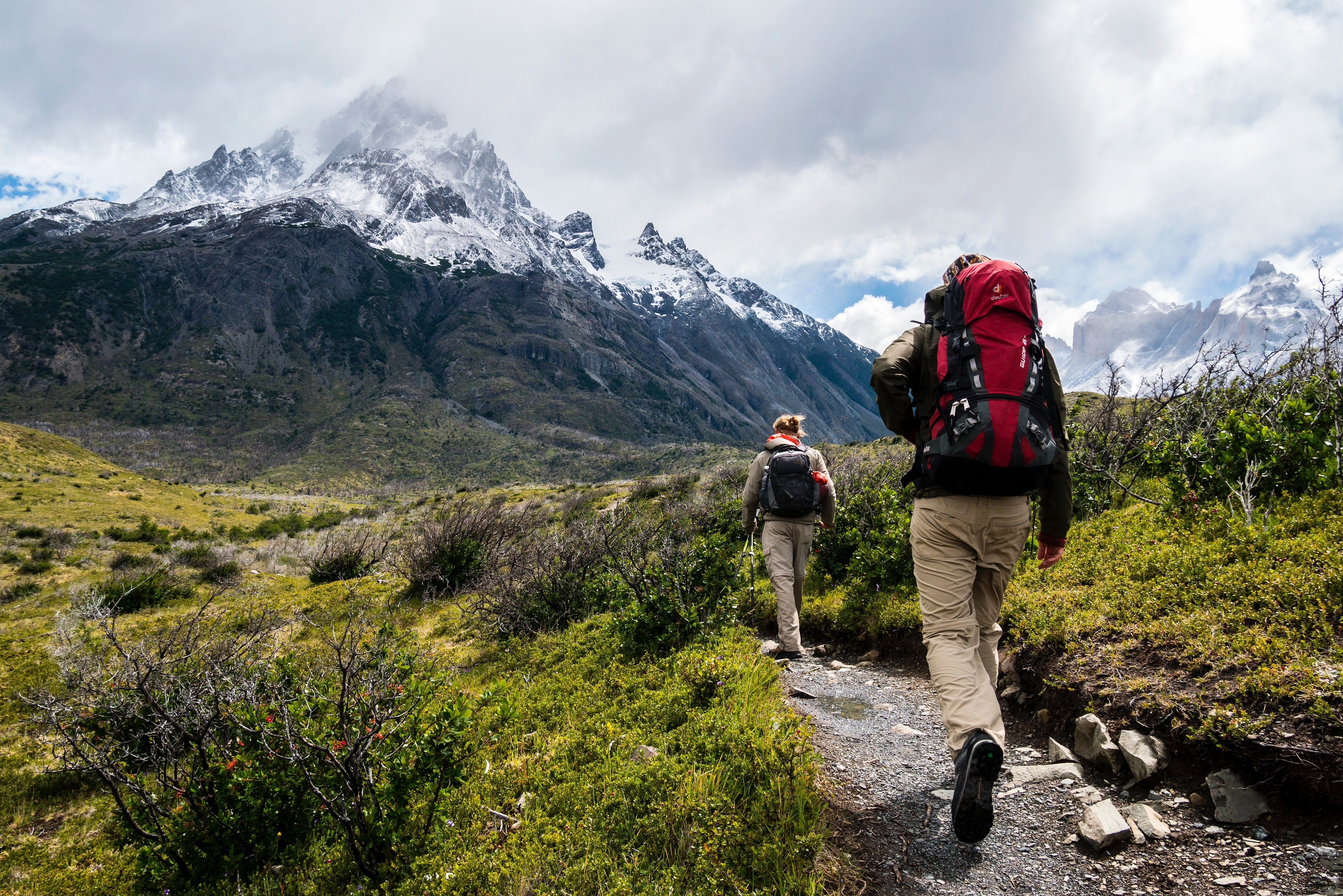 2 hikers in mountains