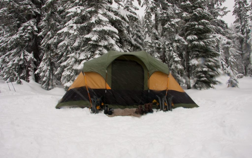 tent in winter