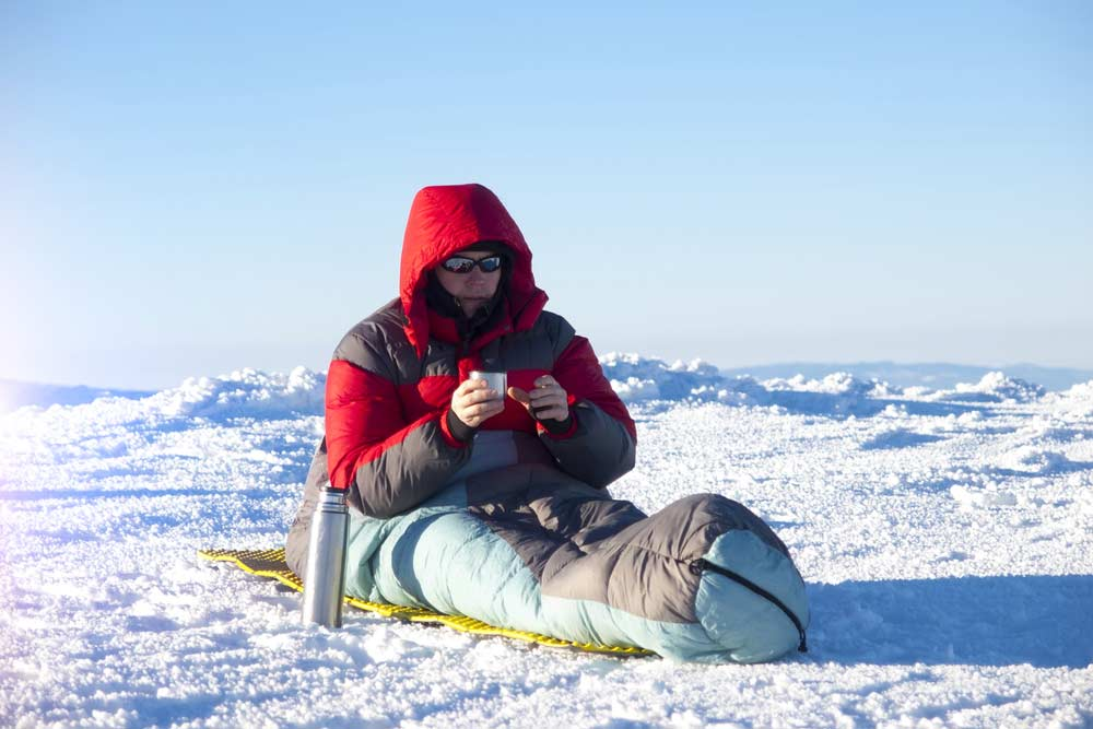 Cold-Weather-Sleeping-Bag