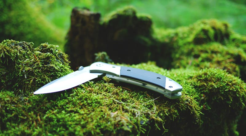 Tips for Choosing the Best Camping Knife